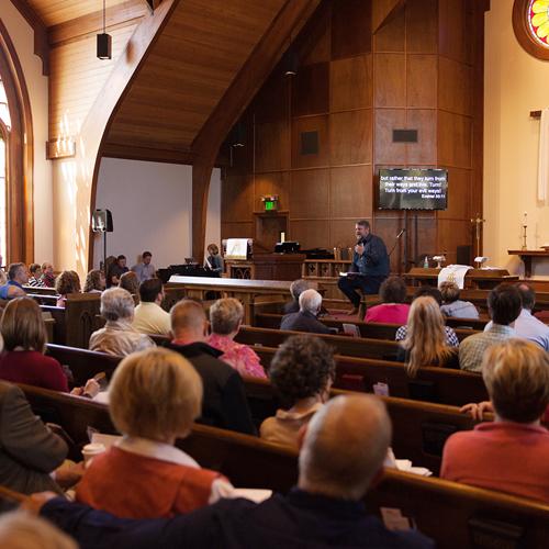 chapel_worship.jpg