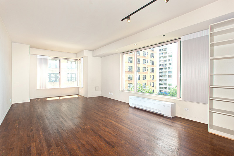 205 East 68th Street, Apt T6H | Represented Buyer | $999,000