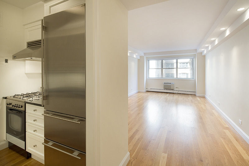 20 East 68th Street, Apt 3B | Represented Buyer | $1,395,000