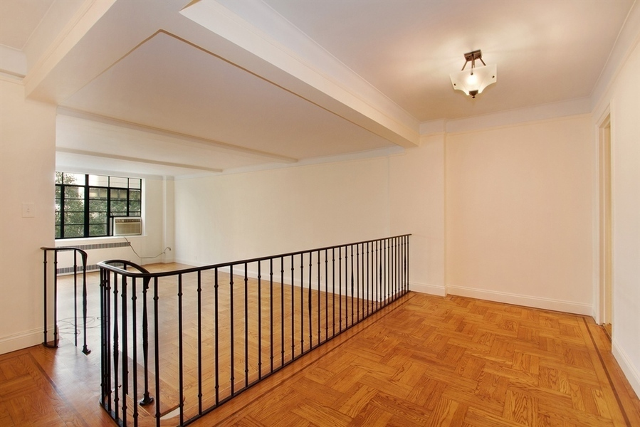110 East 87th Street, Apt 4A | Represented Buyer | $930,000