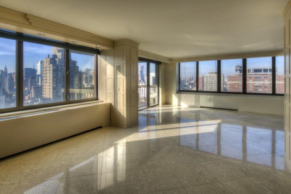 422 East 72nd Street, Apt 32DE | Represented Seller | $4,395,000