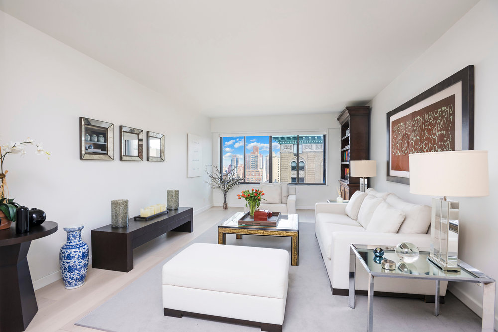 900 Park Avenue, 21B | Represented Owner | $5,950/month