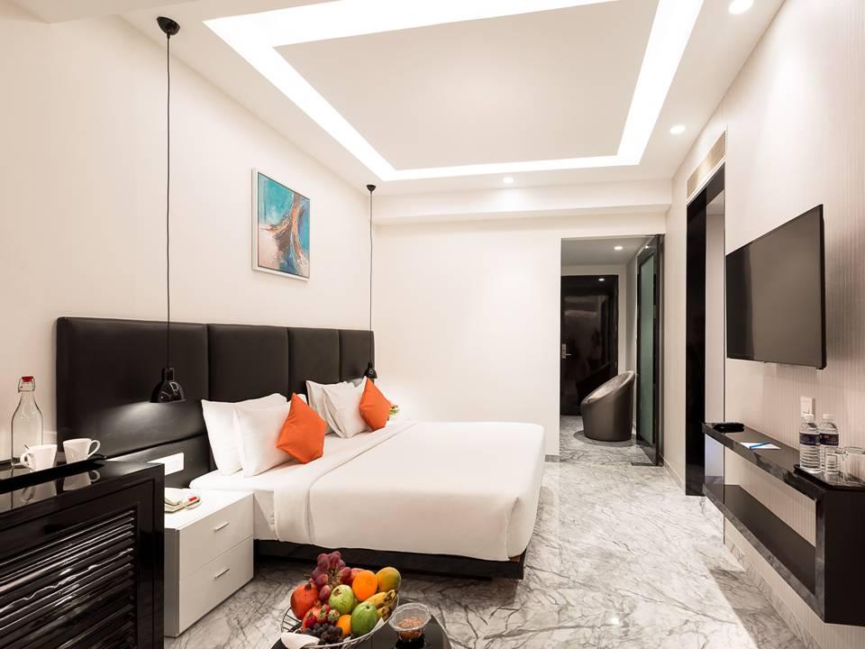 Luxury Suite (Business).jpg