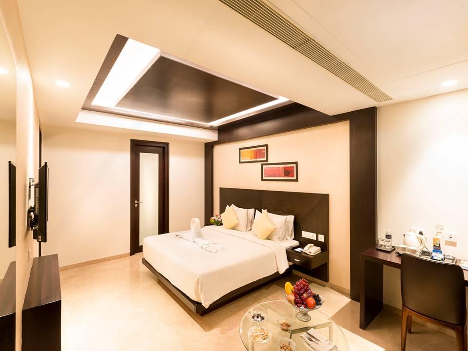 Luxuru Suite.jpg