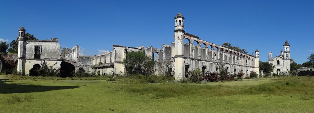 Fotografía de la Hacienda días antes de empezar con su proceso de restauración.