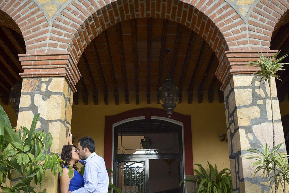 Sesiones en Hacienda Rijo, sesión casual en pareja.