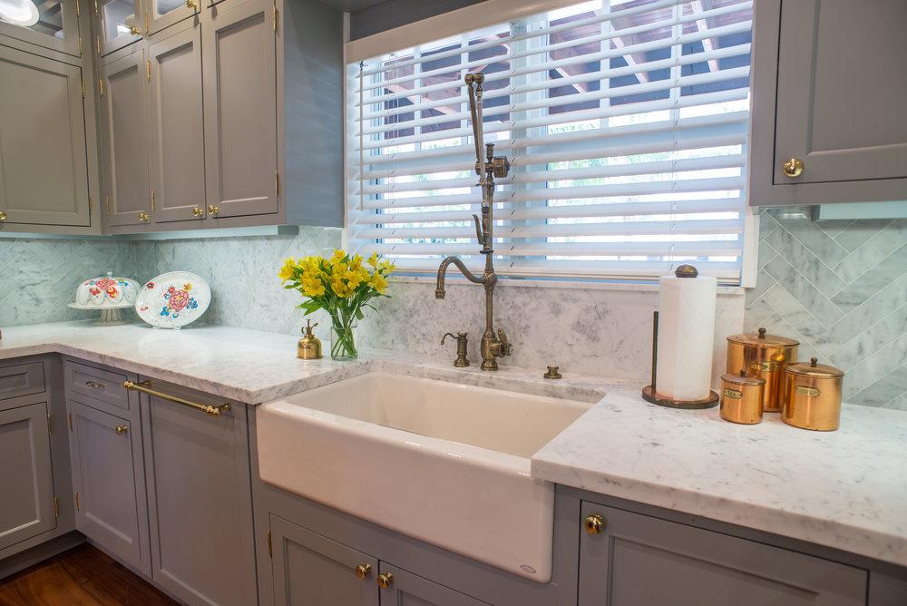 kitchen sink wide.jpg