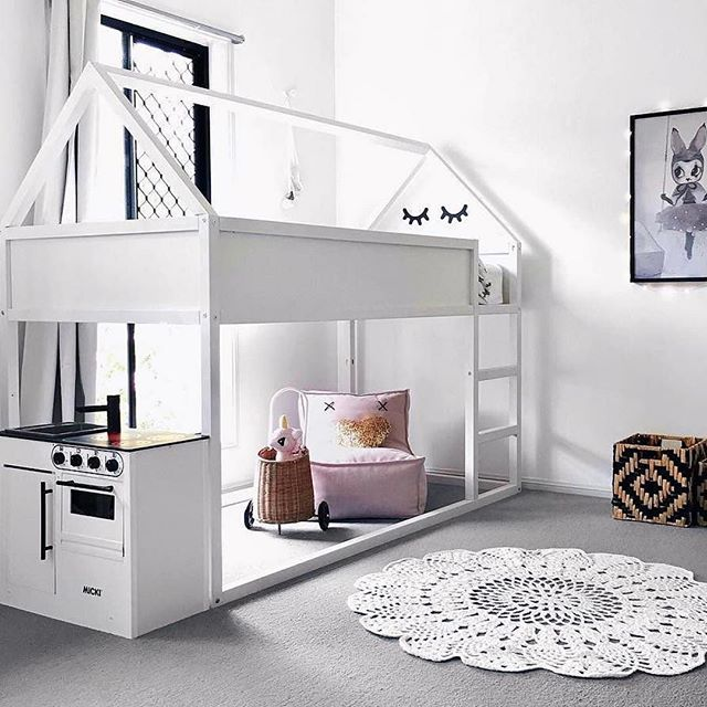 I just can't get enough of house beds! Loving the use of space here 👌🏻 Kudos to @homeday_official @thelittleraspberry