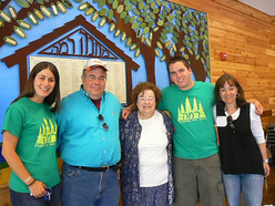 Marvell center, pictured with (from left) Samantha Kopin, Rabbi Jonathan Ginsburg, Brett Kopin and Beth Ginsburg Kopin.