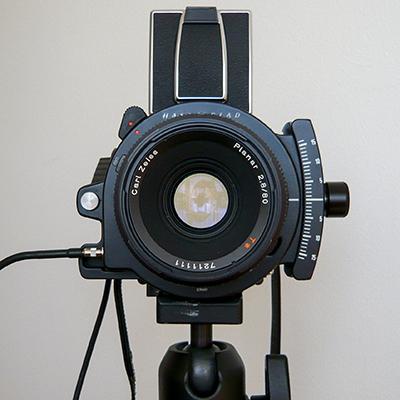 Hasselblad 203FE & PC-Mutar 1.4x | Leica C-Lux 2
