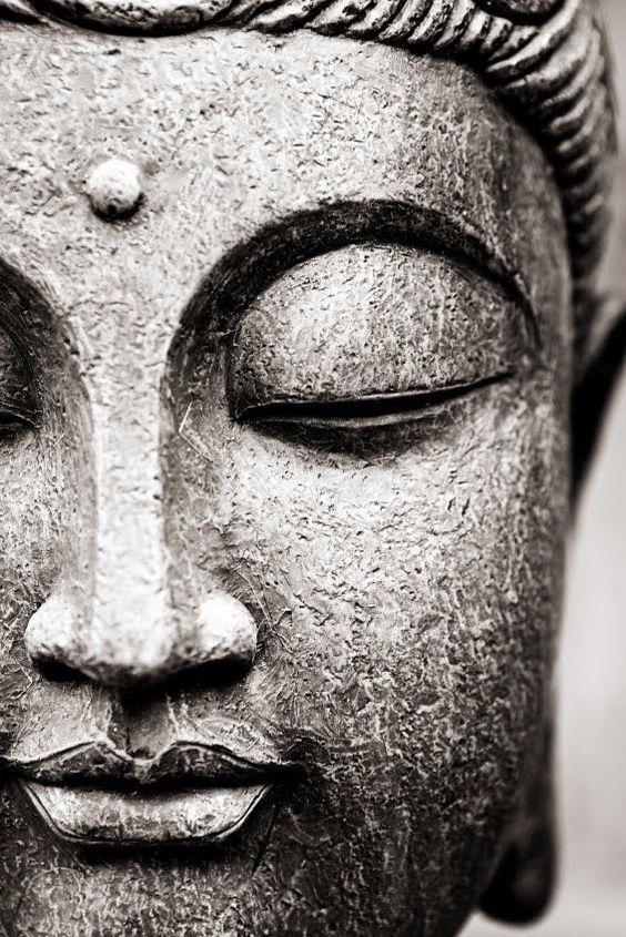 Accepte ce qui estlaisse aller ce qui étaitet aie confiance en ce qui sera  - Bouddha