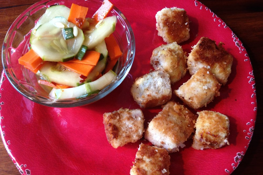 Picky eaters at home? These healthy mahi mahi nuggets will be your new favorite go to meal!