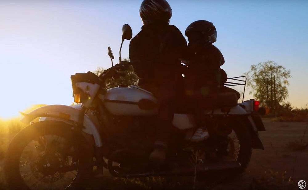 ural-gear-up-adventure-family-sunset.jpg