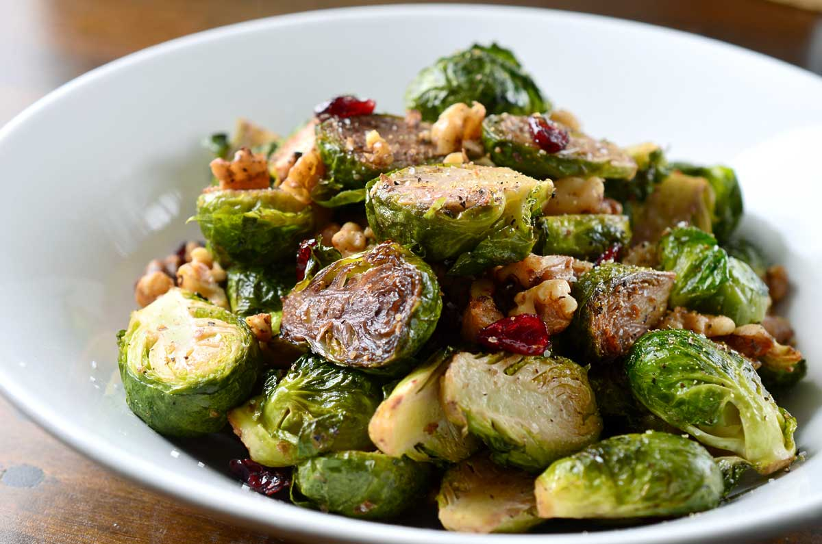 roasted-brussels-sprouts-walnuts-and-cranberries