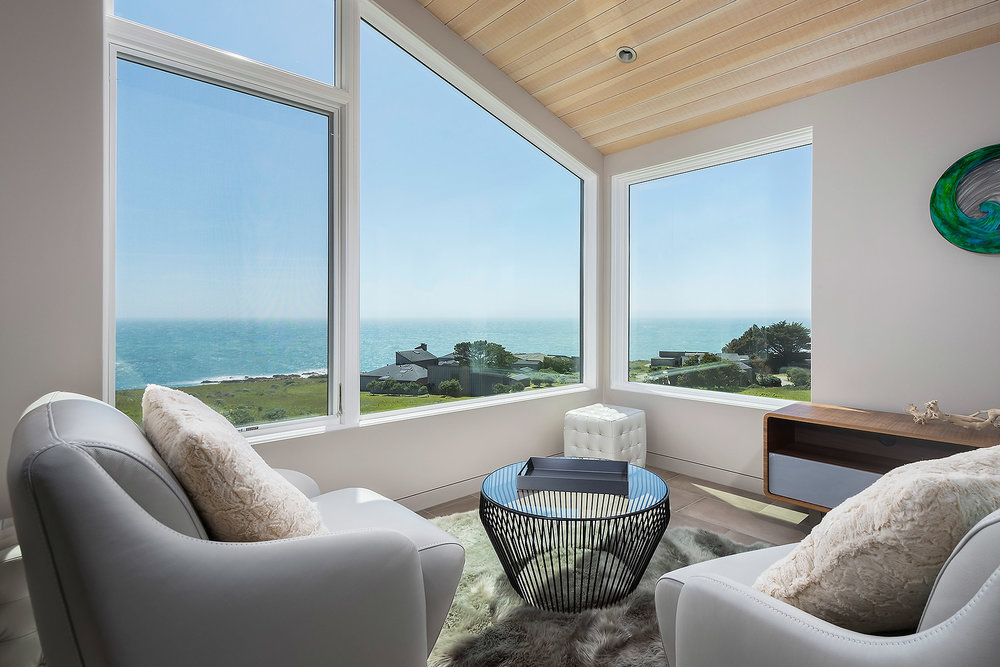 Alcove with Oceanview