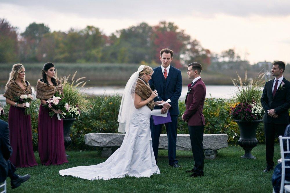 Nonantum-Resort-Wedding-Green-Barn-Photography_0025.jpg