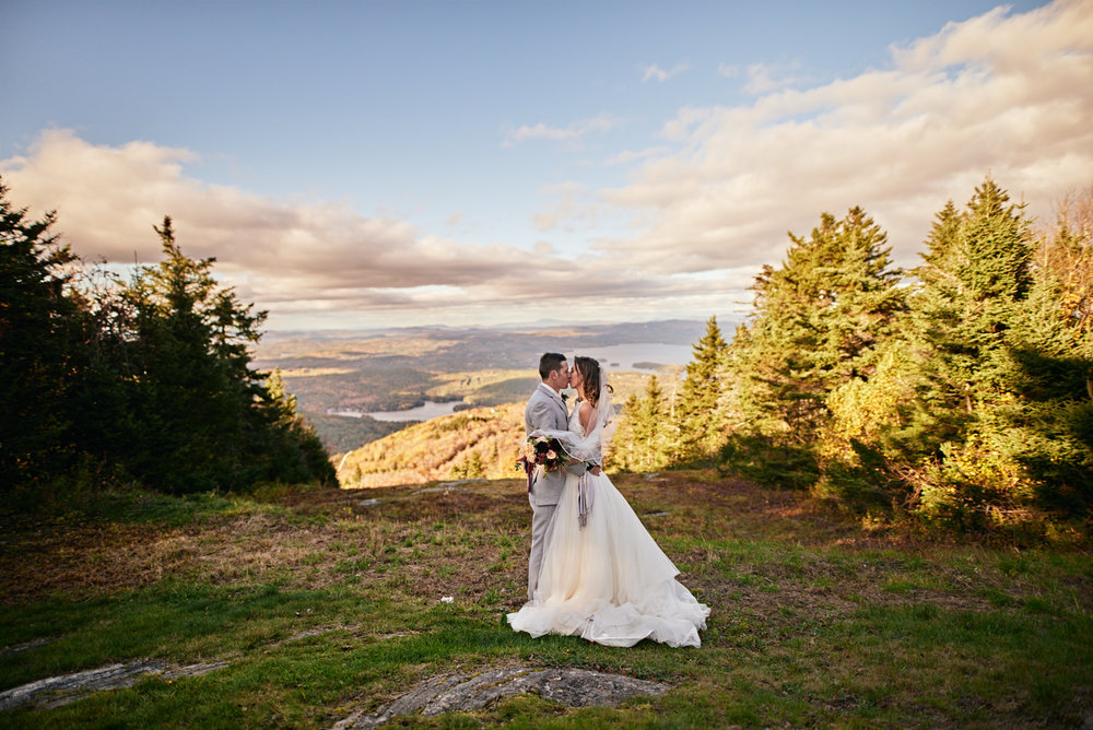 Wedding Photography by Cate Bligh | A wedding ceremony at the summit of Mt. Sunapee ski resort in Newbury, NH