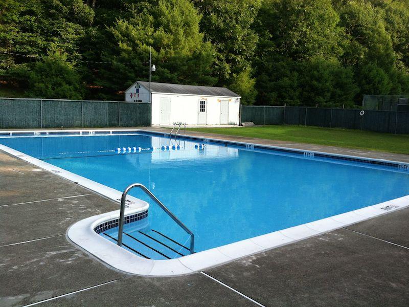 Pool-Cabana.jpg