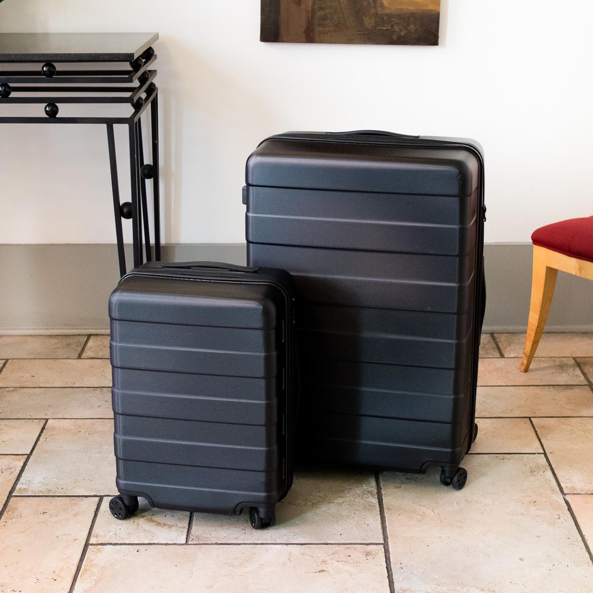 Muji Hard Suitcase Mini-Review — hermes LAPIN