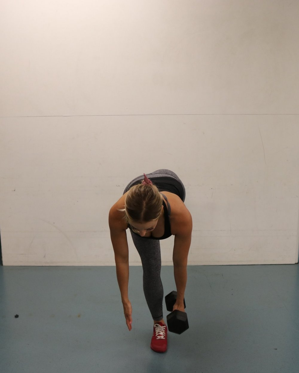 Bottom position of the single leg RDL - keep hips squared towards the floor