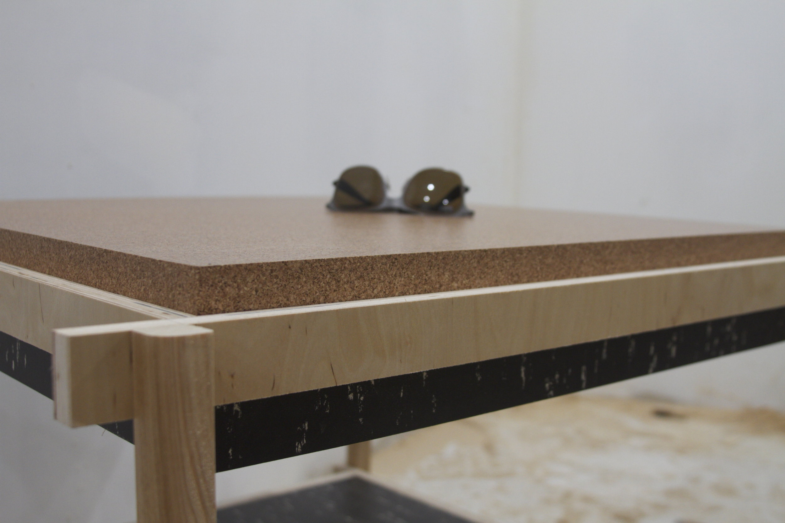 static + cork coffee table — ktlst