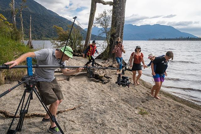 Throwback to warm weather summer shoot at #lakebrunner for #westcoastnz and the one man jib 🎥🤘. Takes a bit to set up but it's well worth it! 🛠 the amazing lightweight @liteprogear #feathercrane rigged with #djironin #sonyfs700 #atomosshogun shooting lovely #4kraw at #100fps 👊 . . 📸 @nimmo_photography