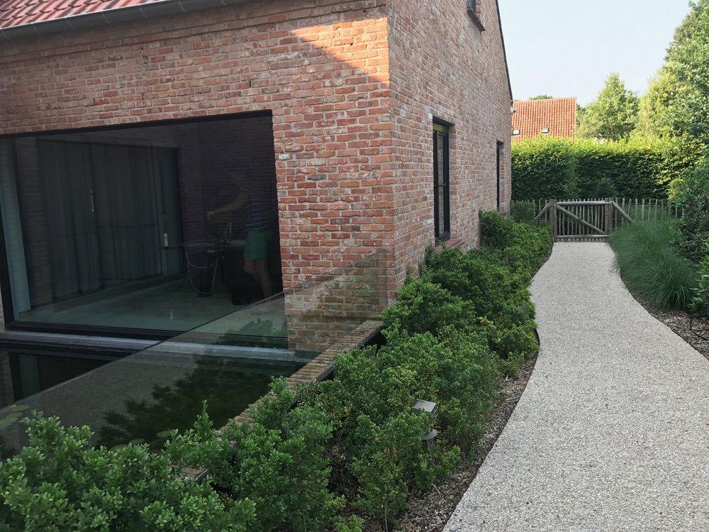 Myproject | tuinpad siergrond vijver.jpg