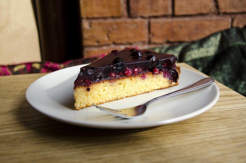 cake 3 lr.jpg