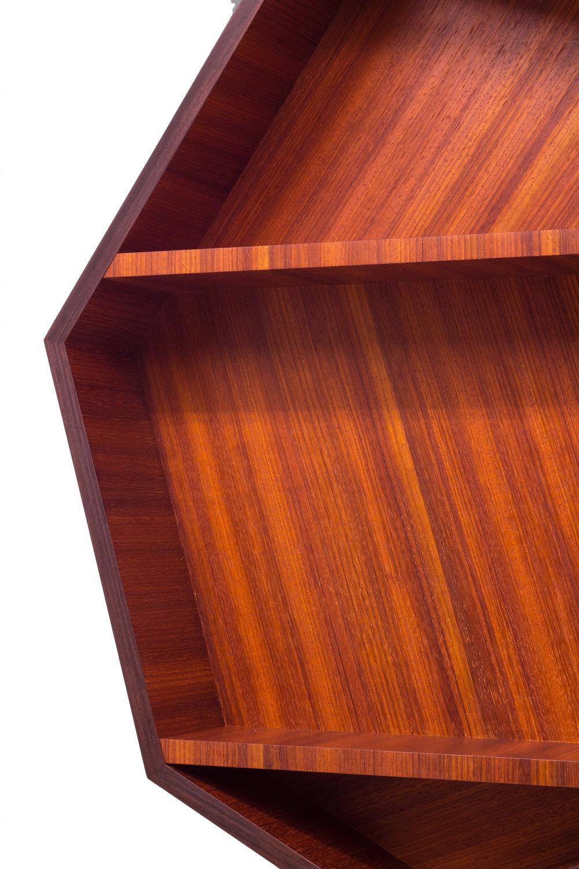 septagon-cabinet-g4.jpg