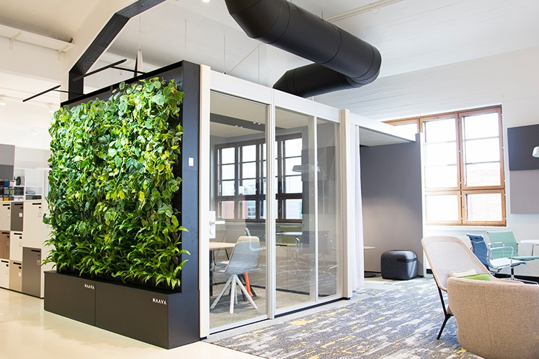 thumbs_Naava-Smart-Green-Wall.jpg.770x0_q95.jpg
