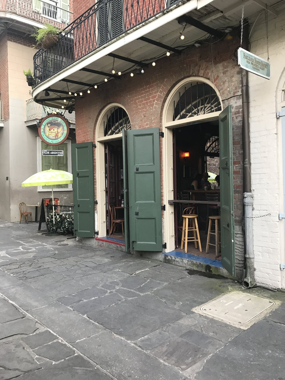 Near Rathbone Mansions in the French Quarter