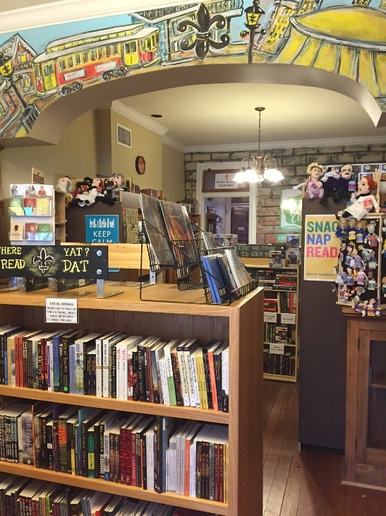 tubby & coos bookstore.jpg