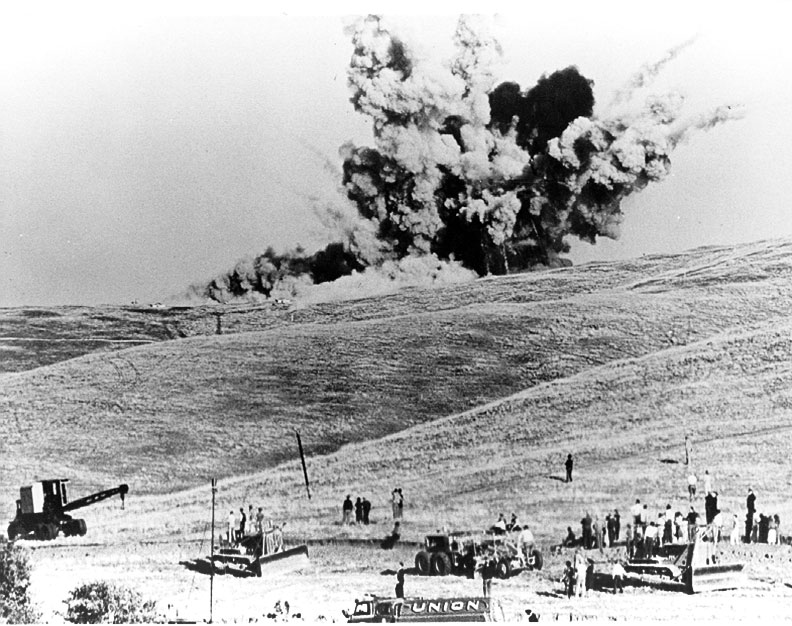 First explosive blast on November 5, 1939.