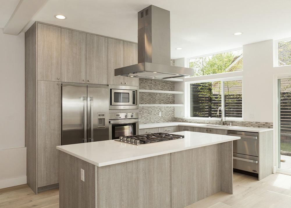 kitchen 1-1-SMALLER.jpg