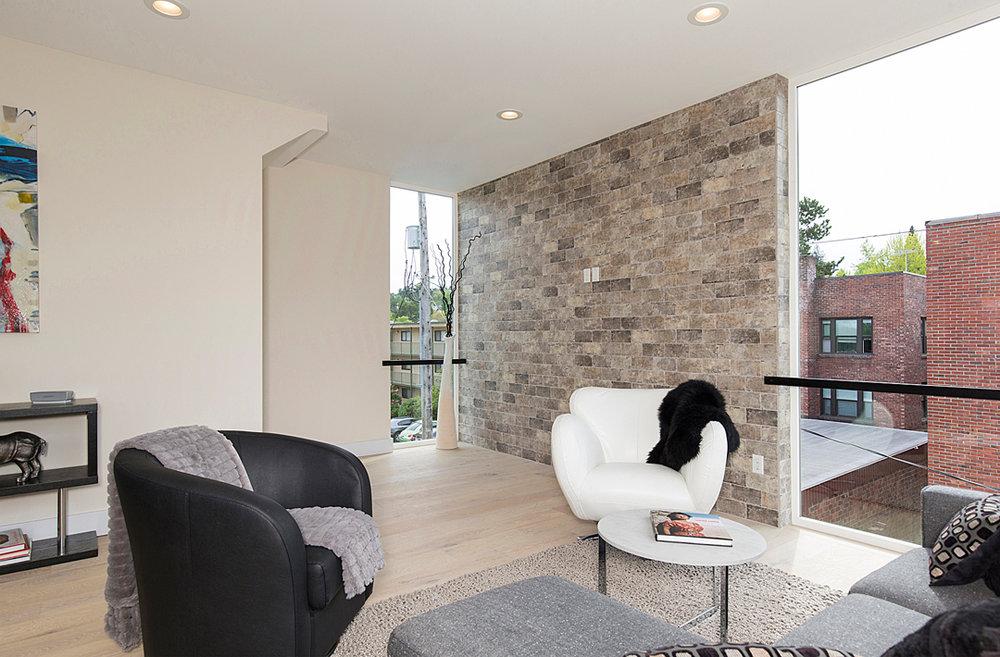 20 living room 1-3.jpg