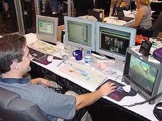 Comdex 2001 PIX10.jpg