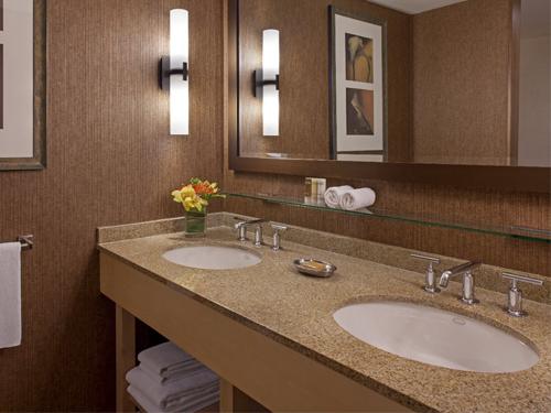 Hyatt Lodge 2.jpg