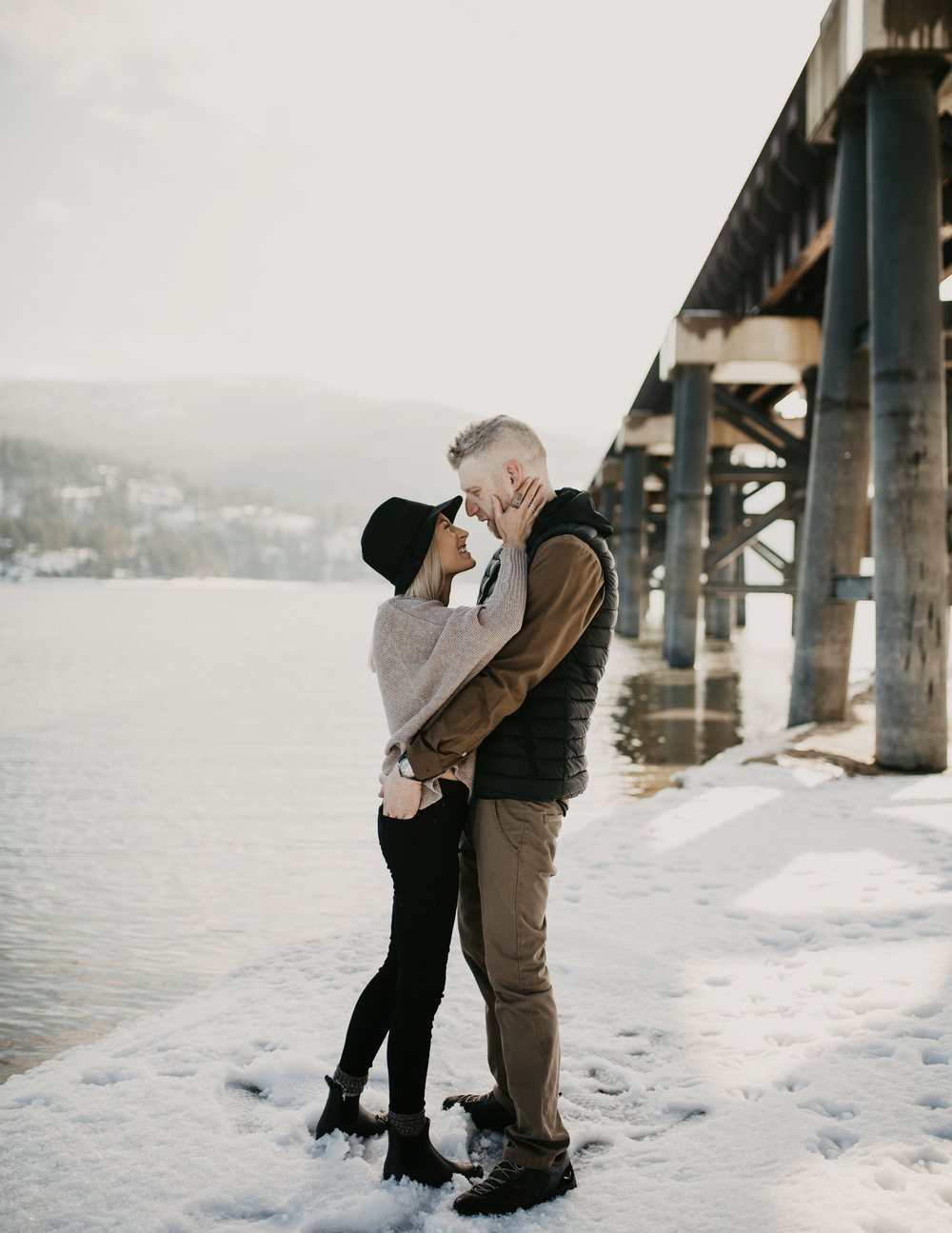 Winter engagement session in the PNW