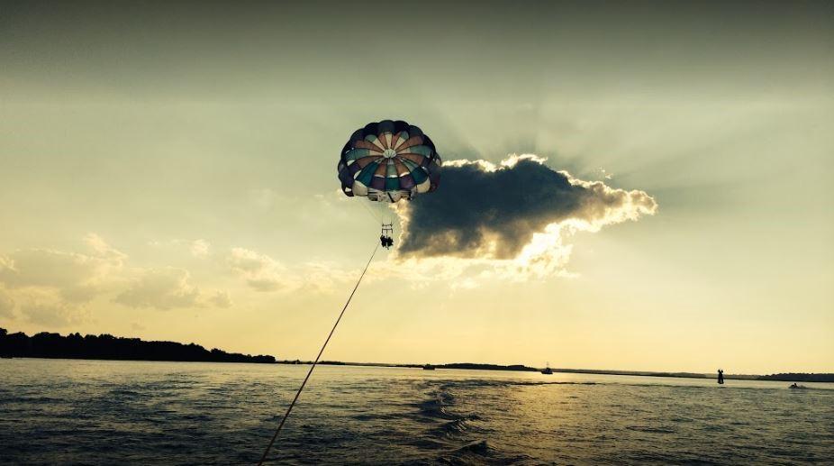 sunset-parasailing.JPG