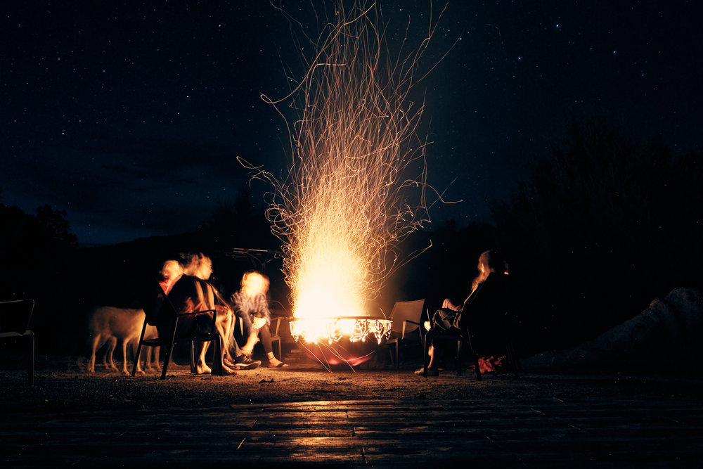 BONFIRES & GATHERING CIRCLES