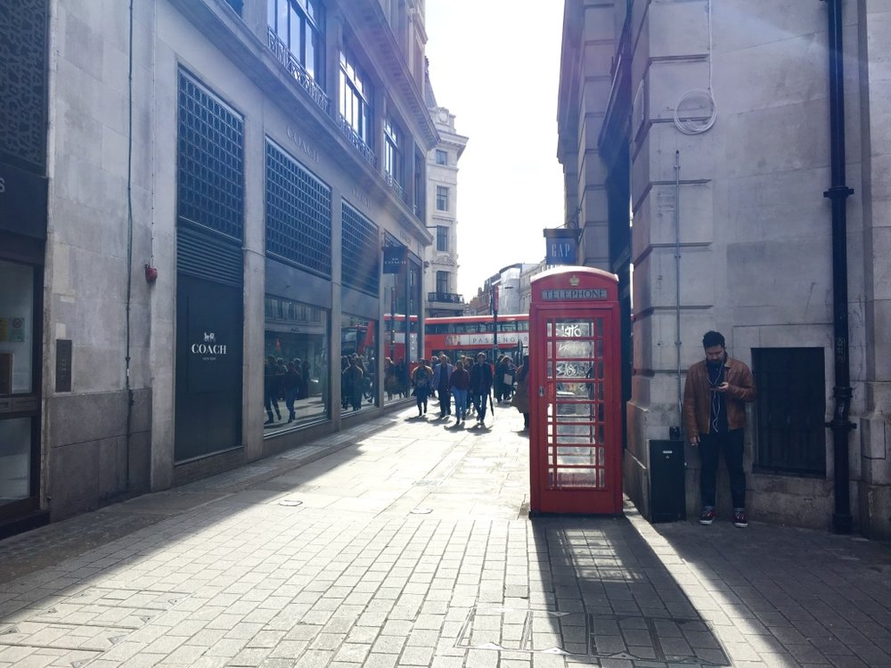 London-iconic-red-telephone-box