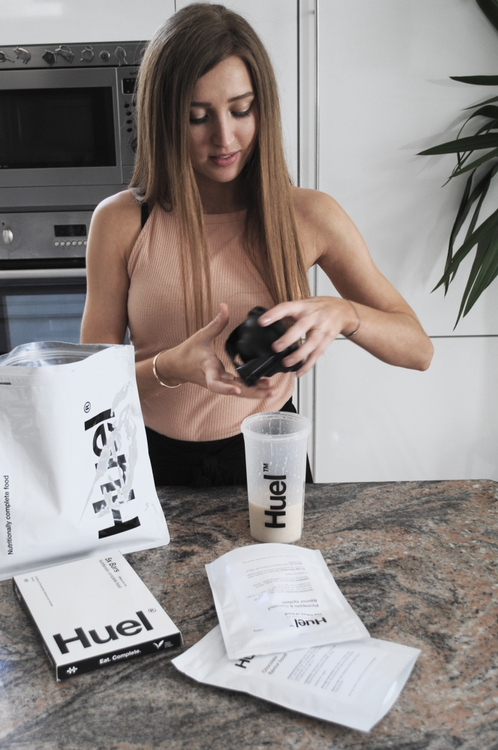 Huel_nutritionally_complete_vegan_food
