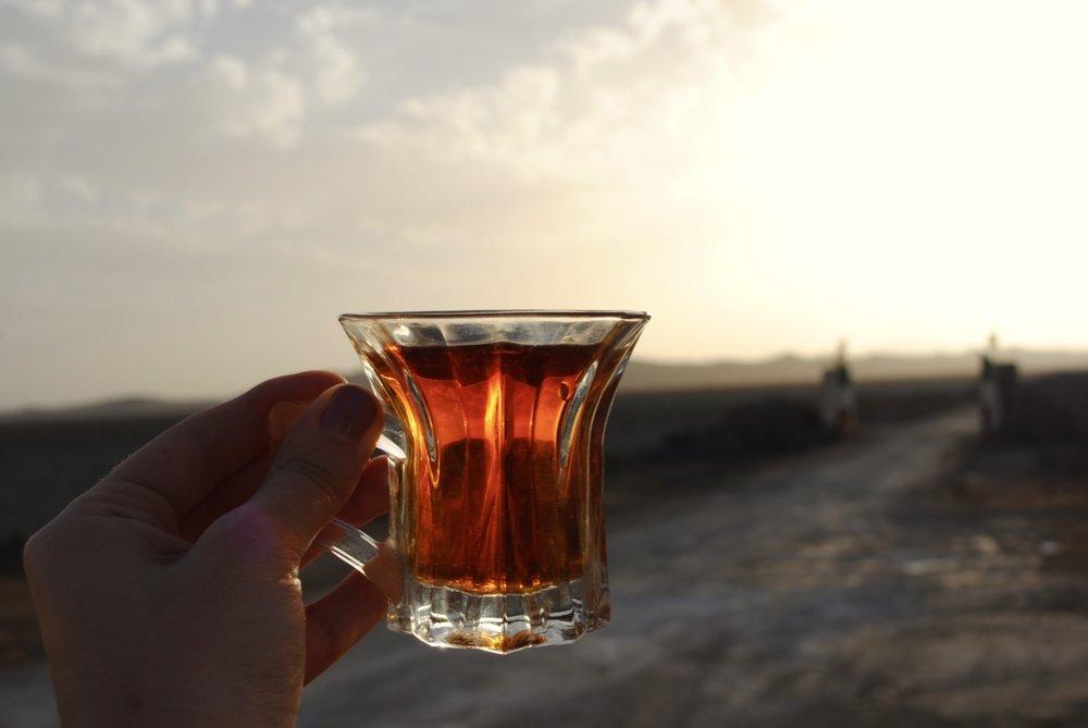 iran-isfahan-desert-tea