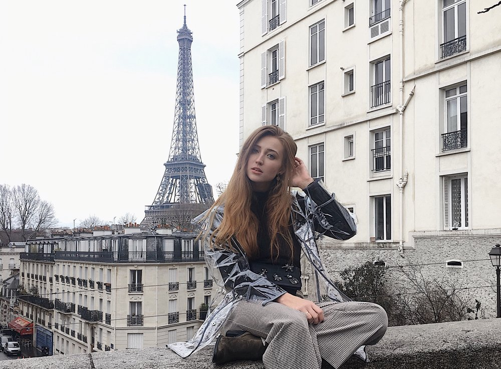 pfw eiffel tower street style paris
