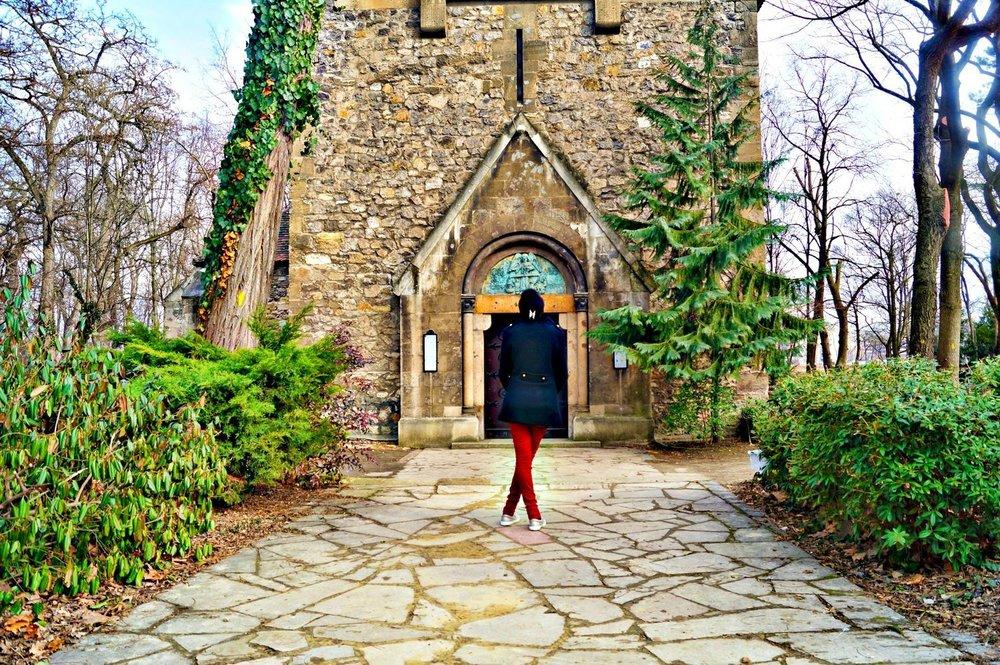 margaret+island+church+.jpg
