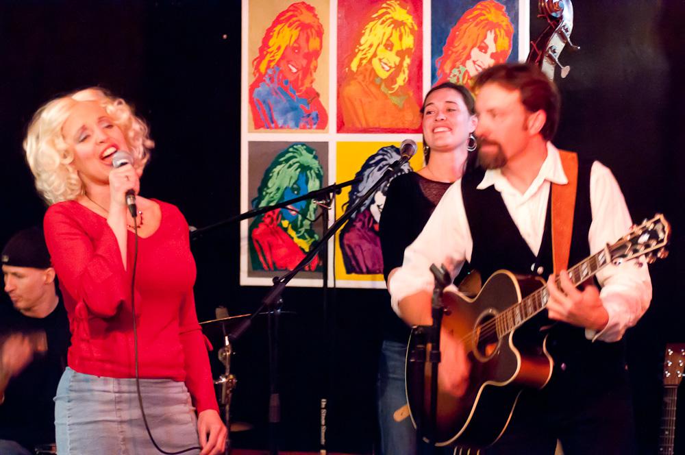 Dolly Tribute Show, Oskar Blues