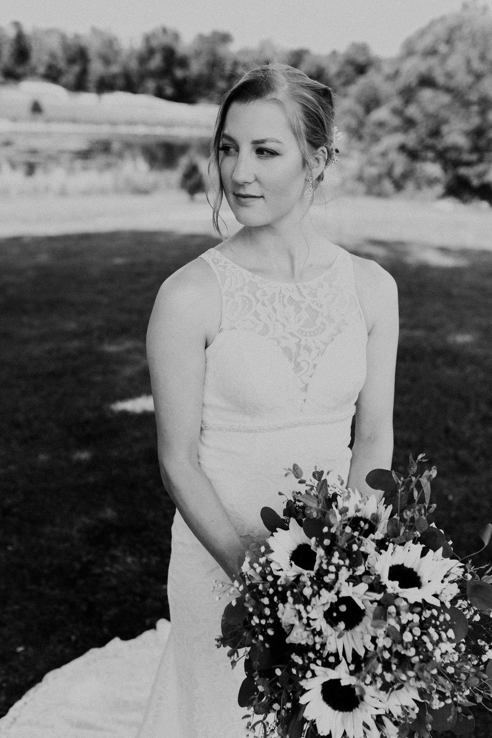 Ashley Aileen Photography - Springfield Ohio Summer Wedding