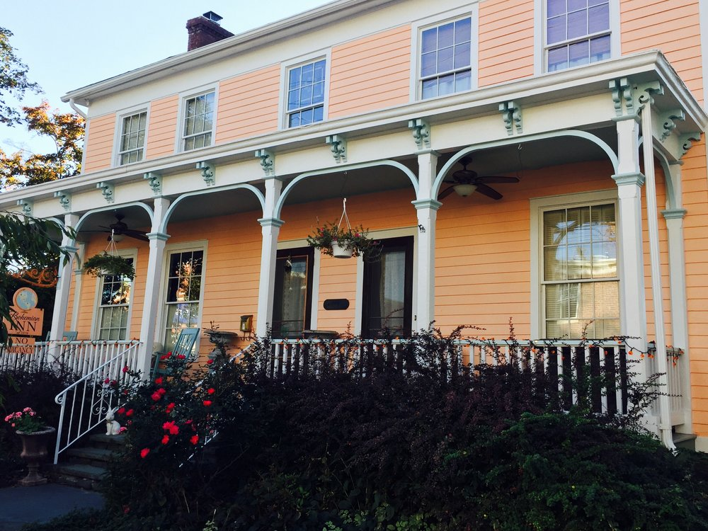 Historic lodging in Saugerties Bohemian Inn