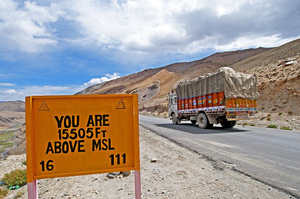 5.   Ladakh truck & sign.jpg