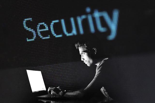 hacking-2964100_640.jpg